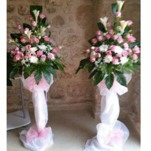 סטנדים של פרחים